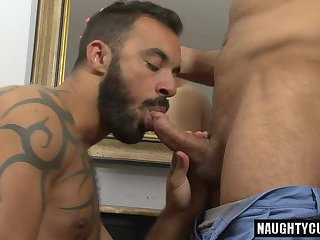 European bear oral sex and cumshot