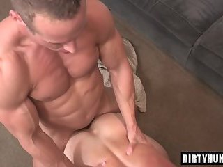 Creampie anal gay