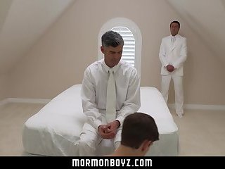 MormonBoyz-Boy's hole fingered & pounded raw by daddy