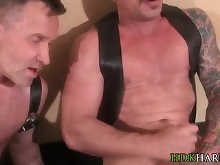 Buff dude spunks his cock