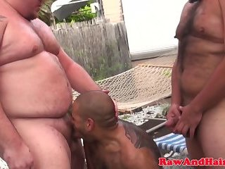 Barebacked bear enjoys outdoor threesome