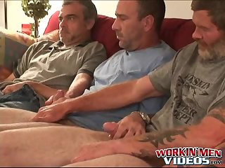 Hairy older men sucking dick and having fun in threesome